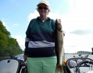 Fishing with Lake Wisconsin Walleyes LLC (2)